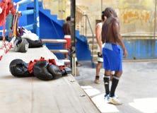 Kubanska boxare i havannacigarr Arkivfoto