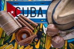 Kubanska släkta objekt på vibrerande bakgrund Royaltyfria Foton