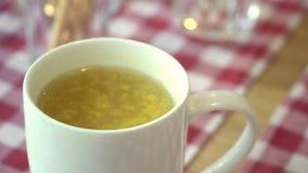 Kubek dennego buckthorn herbata Naturalne Światło najlepszy widok Wygodna atmosfera elementy projektu podobieństwo ilustracyjny w zbiory wideo