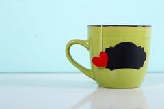 Kubek herbacianej torby serce Zdjęcia Stock