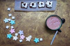 Kubek kakao i cukierki obrazy royalty free