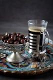 Kubek kawowe i czekoladowe krople Obraz Stock