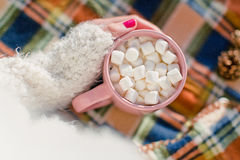 Kubek z marshmallows, obraz royalty free