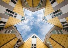 Kubhus i Rotterdam Royaltyfri Fotografi