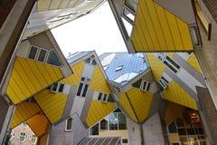 Kubhus, uppsättning av innovativa hus i Rotterdam Royaltyfria Bilder