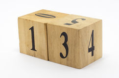 Kubiczny drewno stylu daty kalendarz obrazy stock