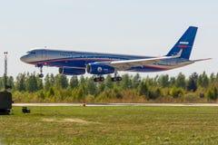 Kubinka Moskvaregion, Ryssland - 05/12/2018: Rysk Tupolev för luftbevakningflygplan Tu-214ON arkivfoton