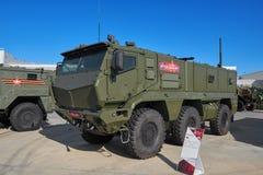KUBINKA, RUSIA, AGOSTO 24, 2018: Opinión sobre 6WD el vehículo acorazado militar pesado KAMAZ-63968 Tayfun-K para los soldados de foto de archivo libre de regalías