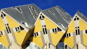 Kubuswoningen eller kubhus i Rotterdam. Royaltyfria Foton