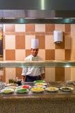 Kucbarski porci śniadanie przy Trzy kątów Pogodnym Plażowym hotelem Zdjęcie Stock
