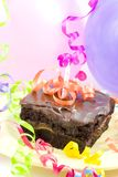 Kuchen, Ballone, Farbbänder Stockbilder