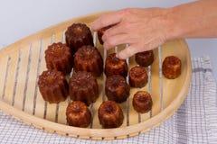Kuchen canneles von Frankreich Lizenzfreies Stockfoto
