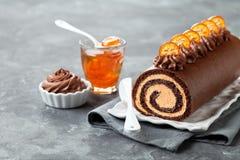 Kuchen der Schokolade Schweizer Rollen Stockfotografie