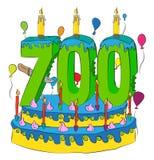 Kuchen des Geburtstags-700 mit Nr. sieben hundert leuchten durch und feiern sieben Hundertstel Jahr Leben, bunte Ballone und Scho stock abbildung