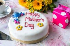Kuchen des Mutter Tages Stockfoto
