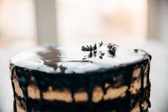 Kuchen in einem Süßwarenladen stockbilder