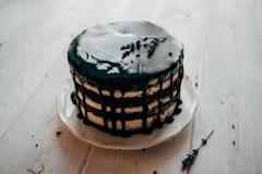 Kuchen in einem Süßwarenladen lizenzfreies stockbild