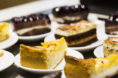 Kuchen in einer Platte Lizenzfreie Stockfotografie