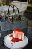 Kuchen-Erdbeere stockfoto