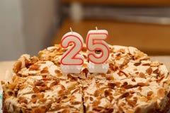 Kuchen für Geburtstag stockfotografie