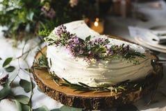Kuchen-köstlicher Nachtisch-Bäckerei-Ereignis-Hochzeitsempfang Stockfotos