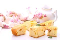 Kuchen mit Äpfeln stockbilder