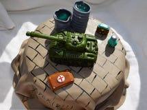 Kuchen mit Behälter Stockbild