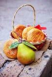 Kuchen mit Birnen Stockfotografie