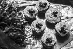 Kuchen mit Creme Stockfoto