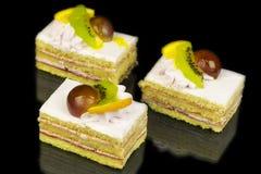 Kuchen mit Früchten Lizenzfreies Stockbild