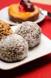 Kuchen mit Kokosnüssen Stockfotografie