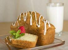 Kuchen mit Mohnblume Lizenzfreies Stockbild
