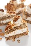 Kuchen mit Muttern und Karamell Stockfoto