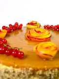 Kuchen mit Pfirsichen Lizenzfreie Stockfotos