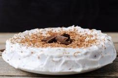 Kuchen mit Schokoladensplittern Stockfotografie