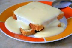 Kuchen mit Vanillecreme Lizenzfreies Stockfoto