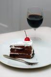 Kuchen und Getränk stockbilder