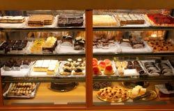 Kuchen und Nachtische Stockfotos