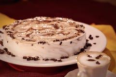 Kuchenkaffeenachtisch stockfotos