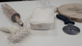 Kuchenna wyposażenia i cutlery kolekcja, pizza przyrządów toczna szpilka z mąką zdjęcie wideo