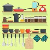 Kuchenni naczynia i crockery na półkach, set Garnki, niecki, blender, ważą, czajnik, filiżanki, talerze, potholders, deski Wektor ilustracji
