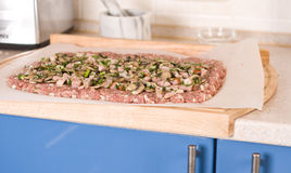 kuchenny mięso minced nad kołysanie się Fotografia Stock