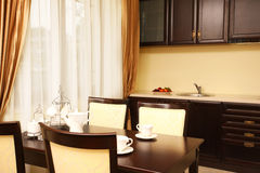 kuchenny nowy stół fotografia royalty free
