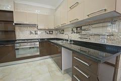 Kuchenny teren w luksusowym mieszkaniu Zdjęcia Royalty Free