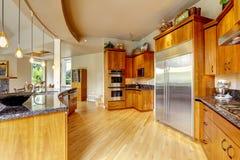 Kuchenny wnętrze w luksusu domu Nieruchomość w WA Zdjęcie Stock