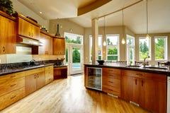 Kuchenny wnętrze w luksusu domu Nieruchomość w WA Obrazy Stock