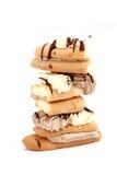 Kuchenstücke Schokoladen- und Vanillefüllung Stockfotografie
