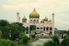 Kuching Grodzki meczet a K masjid Bandaraya Kuching w Sarawak, Malezja Fotografia Stock
