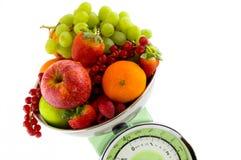 kuchni owocowa skala Fotografia Stock