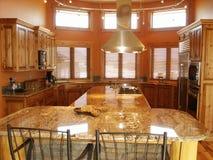 kuchnia wewnętrznej w domu Zdjęcia Royalty Free